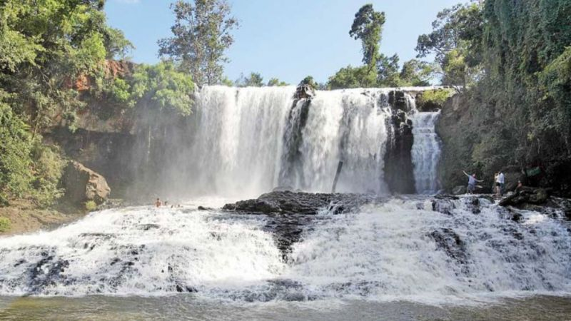 Bousra Waterfall - JAYAKIRI Angkor Travel & Tours
