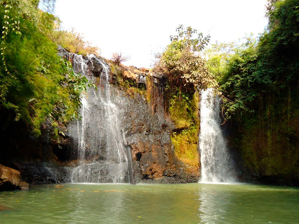 Kachanh Waterfall