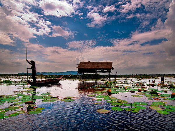 Kamping Puoy Lake
